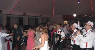 Vencanje Marine i Nemanje restoran Nera bend za svadbe duge noci